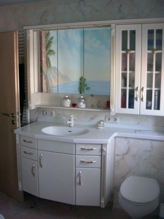 steckdosen badezimmer waschbecken full size of badezimmer waschbecken hhe steckdosen badezimmer. Black Bedroom Furniture Sets. Home Design Ideas