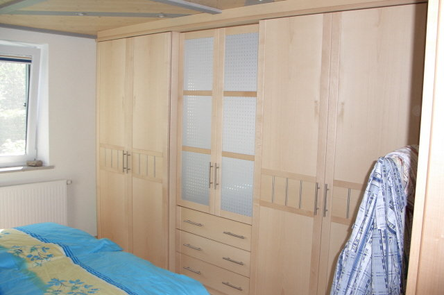 schlafzimmer m bel vom schreiner aus westerheim. Black Bedroom Furniture Sets. Home Design Ideas